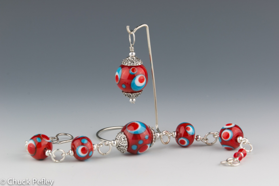 Bracelet and Pendant Set in Red, Turquoise and White