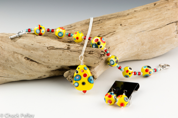 Bracelet, Pendant and Earring Set in Yellow, Red, Black, Turquoise and White